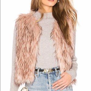 BB Dakota Mauve Rose Barbarella Faux Fur Vest NWT
